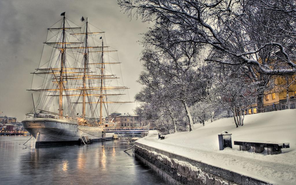 Snowy Ship